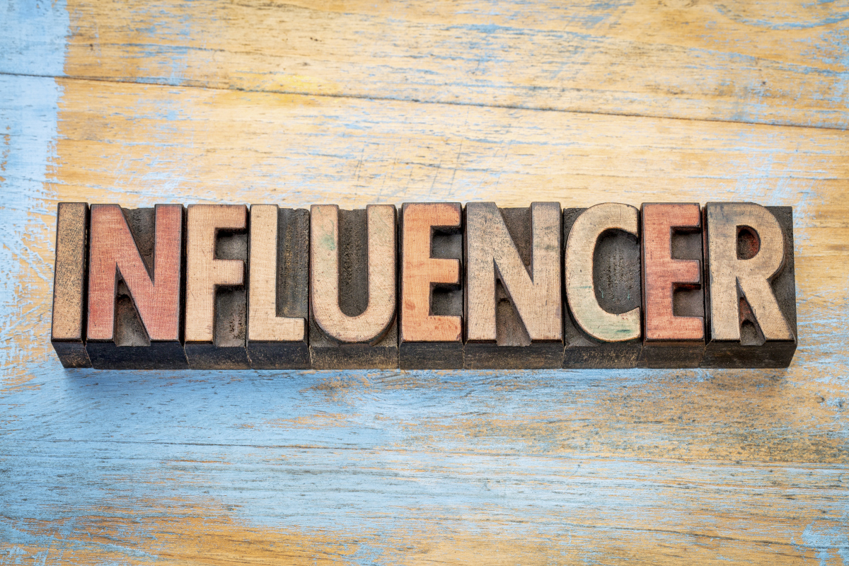 How To Choose The Right Social Media Influencer